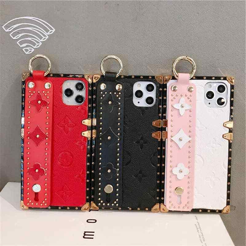 Luxury Pattern Hand Strap Phone Case for 7/8 Plus X MAX XS 11